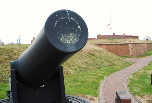 Fort McHenry Cannon and flag