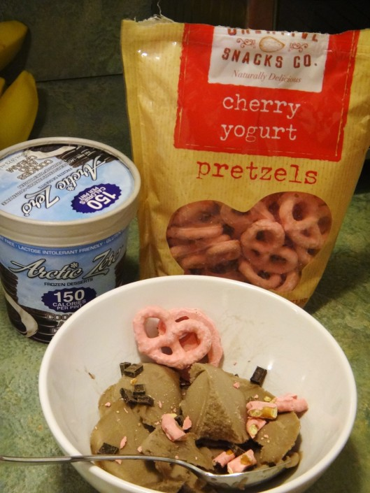 Cookies and cream arctic zero with cherry yogurt covered pretzels