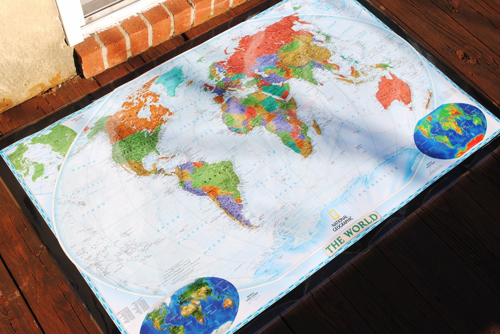 DIY World Travel Map – Cork Board World Travel Map