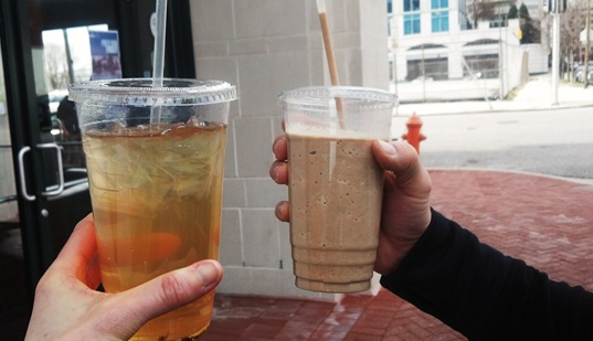 green iced tea and blended spiced chai from teavolve harbor east