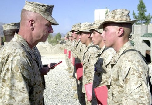 Z  US Marines Purple Heart Ceremony