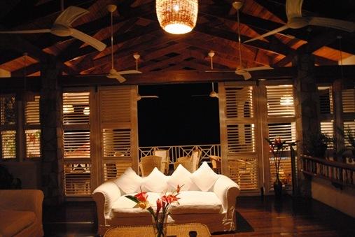 Le Gallerie Villa St. Lucia living room