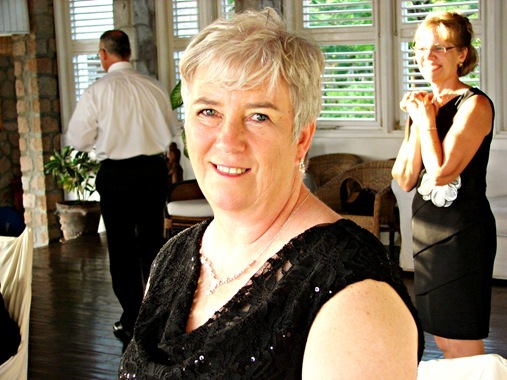12-10 Mom and Kristi