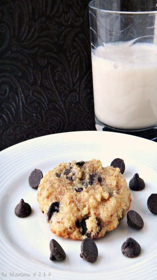 Paleo Choc Chip Cookie with almond milk