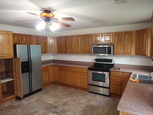 Sam's House kitchen