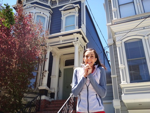 K in front of Full House house in San Francisco